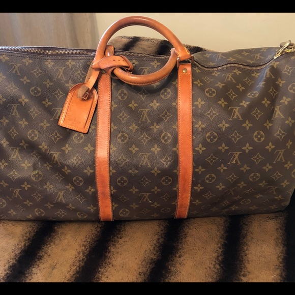 Louis Vuitton Handbags - LV Keepall 60 Bandouliere Duffle 5c9fd1177484d